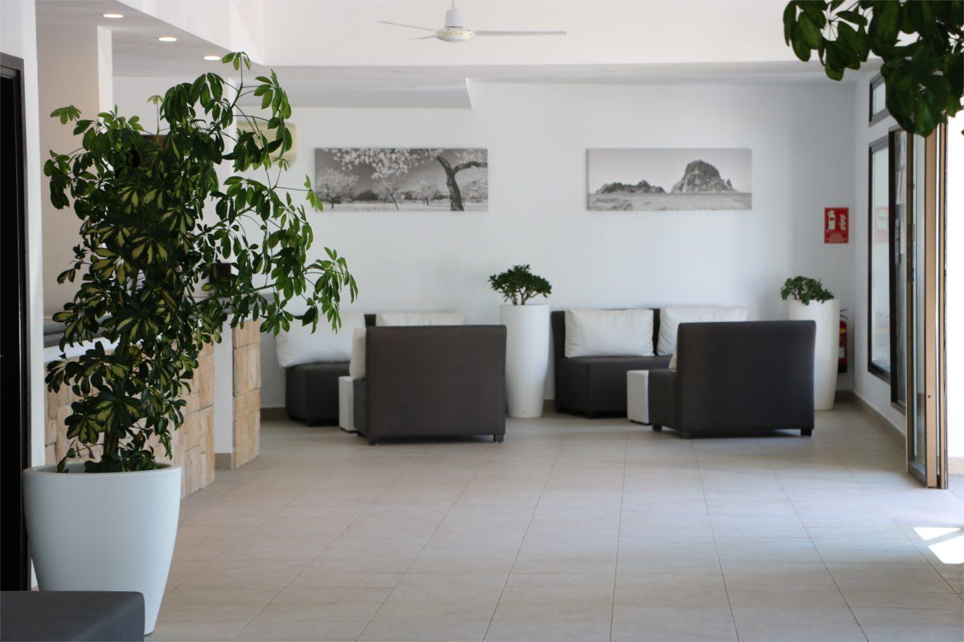 club cala azul lobby (2)